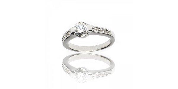 Dámský stříbrný prsten Bague a Dames s kamínkem