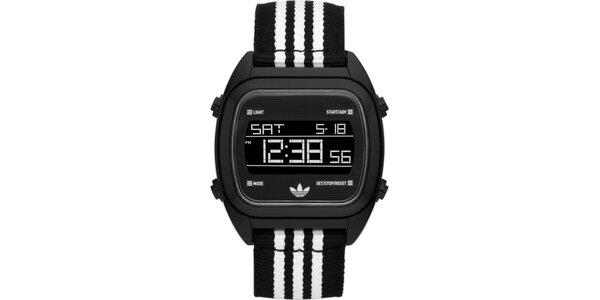 Digitální hodinky s černo-bílým páskem Adidas