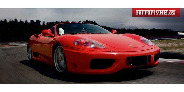 Adrenalin za volantem otevřeného Ferrari F360