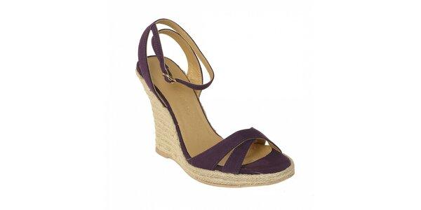 Letní obuv značky Vkingas na jutovém klínu ve fialové barvě
