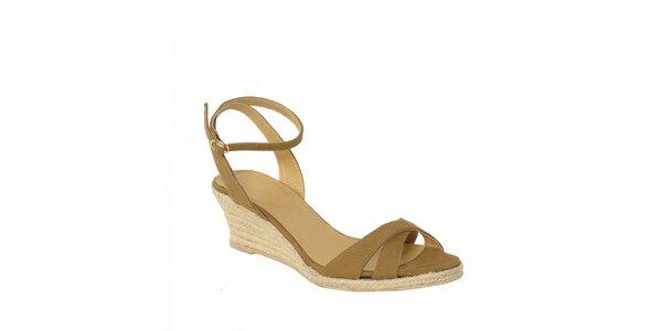 Letní obuv značky Vkingas na nižším jutovém klínu v hnědé barvě
