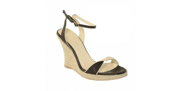 Dámská letní obuv značky Vkingas na jutovém klínu v černé barvě