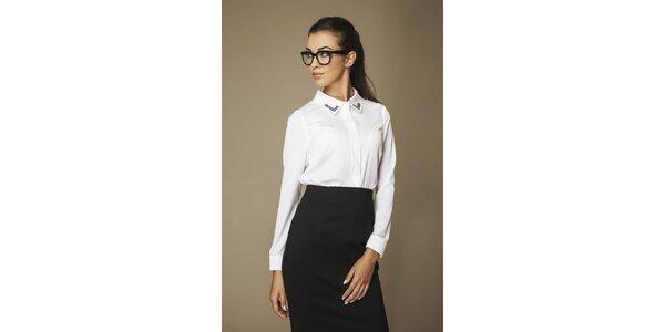 Dámská bílá košile se vzorovaným límečkem