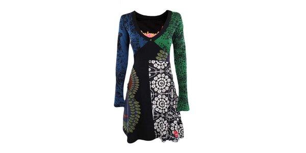 Dámské barevné šaty s véčkovým výstřihem Desigual