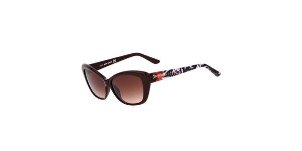 Dámské hnědé kočičí sluneční brýle Miss Sixty s barevnými stranicemi