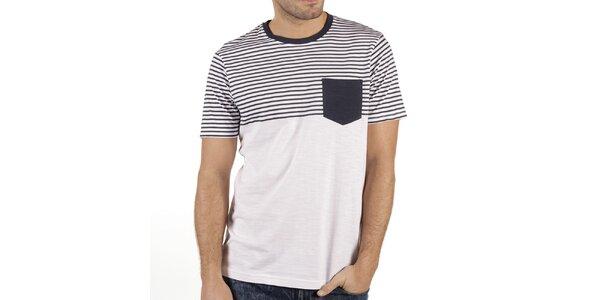 Pánské bílé tričko s proužky a kapsičkou New Caro