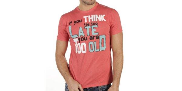Pánské triko s krátkým rukávem a potiskem New Caro