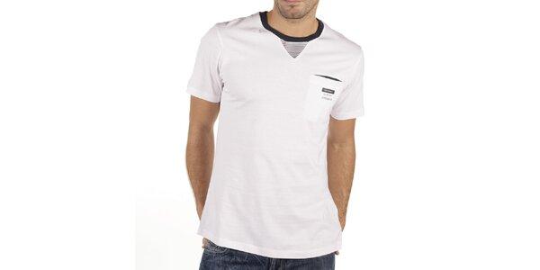 Pánské bílé tričko s proužkovanou vsadkou New Caro