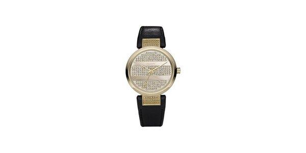 Dámské hodinky DKNY ve zlaté barvě s černým koženým řemínkem