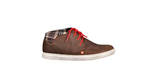 Hnědé boty s červenými tkaničkami Bustagrip