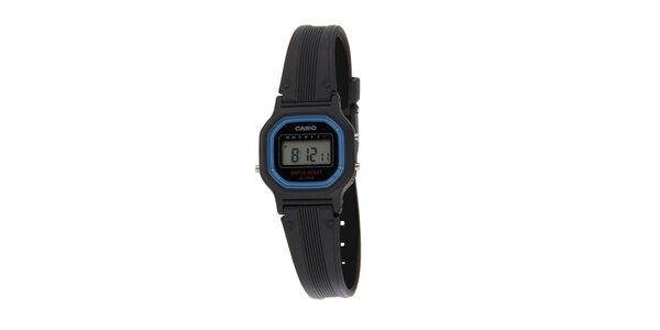 Dámské černé digitální hodinky Casio s modrým lemem