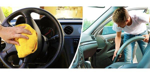 Kompletní ruční mytí a čištění interiéru vašeho vozu