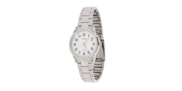 Dámské ocelové hodinky Casio s bílým ciferníkem