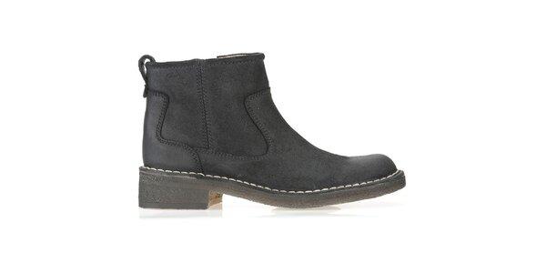 Dámské černé kožené boty Clarks