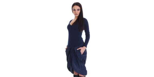 Dámské tmavě modré šaty s nařasenou sukní SforStyle