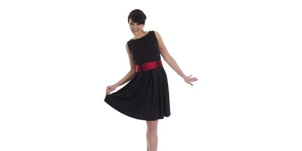 Dámské černé šaty s červeným páskem SforStyle