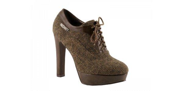 Hnědé boty na podpatku se zavazováním
