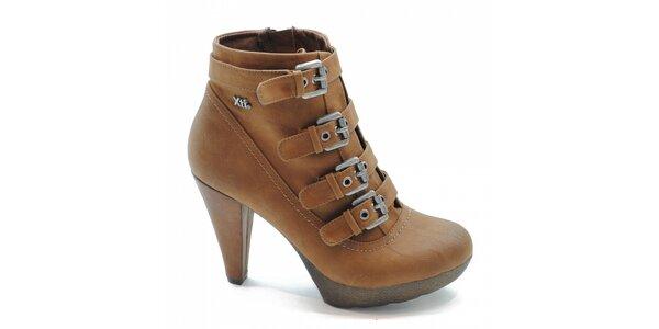Velbloudí kotníčkové boty s přezkami Xti