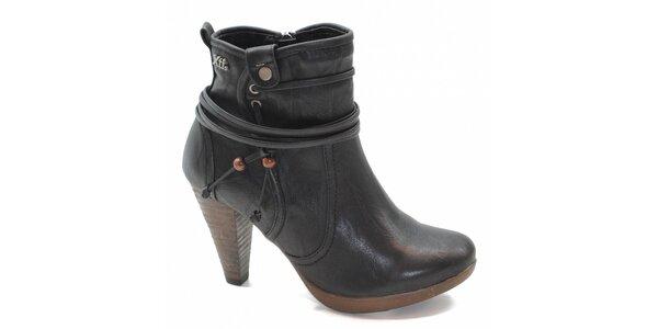 Černé kotníčkové boty s vázáním Xti