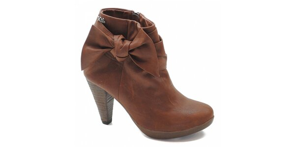 Hnědé boty s mašlí Xti