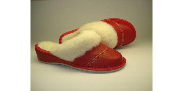 Dámské pantofle mikulášske červené s podpatkem (38)