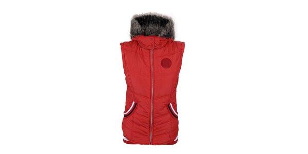 Dámská červená vesta s kapucí Trimm