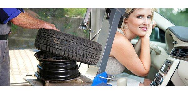 Přezutí pneumatik + servis a doplnění klimatizace