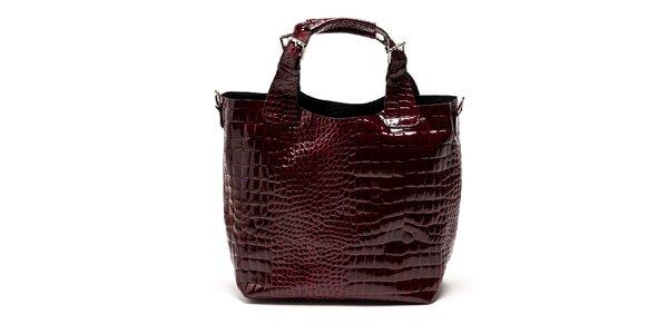 Dámská lakovaná tmavě červená kabelka Carla Ferreri
