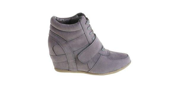 Dámské tmavě šedé kotníčkové boty Maria Barcelo na vysokém klínku