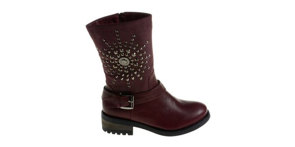 Dámské temně vínové boty Maria Barcelo s kovovými cvoky