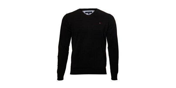 Černý svetr Tommy Hilfiger sVvýstřihem