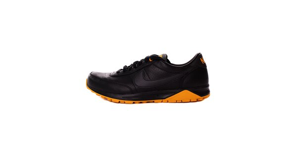 Pánské černé tenisky Nike s oranžovými detaily