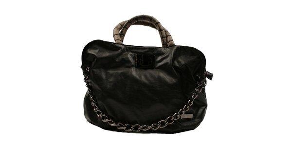 Dámská černá kabelka s řetězem Pierre Cardin