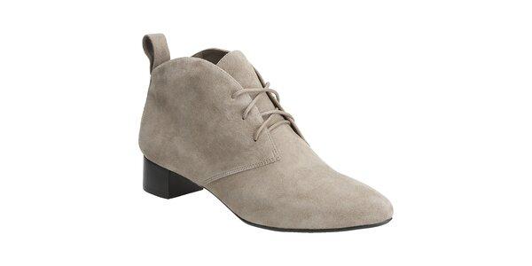 Dámské béžové semišové boty Clarks