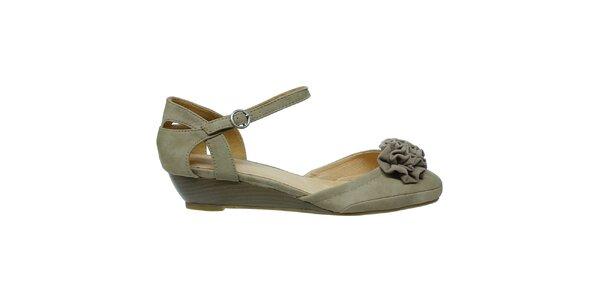 Dámské béžové sandále s nařasenou květinou Vanelli