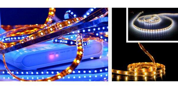 Svítící 5metrový pás s LED diodami