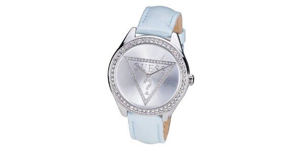 Dámské hodinky vyložené kamínky Guess