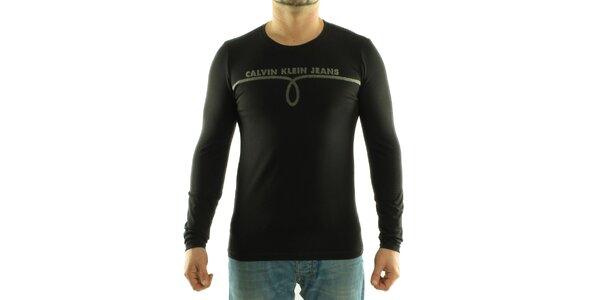 Pánské černé tričko Calvin Klein s šedivým potiskem