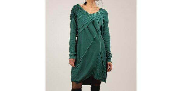 Šaty a šatičky - těch není zkrátka nikdy dost! Vše skladem  dc6f9d858e