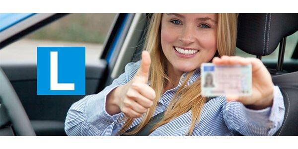 Rezervace kurzu autoškoly, získejte řidičský průkaz