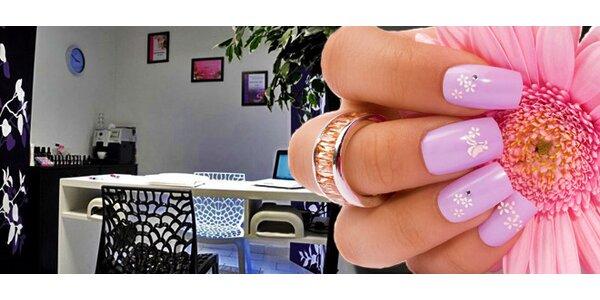 Profesionální gelové nehty včetně zdobení a francie v Brně