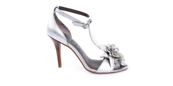 Dámské stříbrné střevíčky s květinovou aplikací DKNY