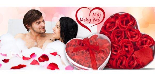 Romantický set okvětních růžových lístků