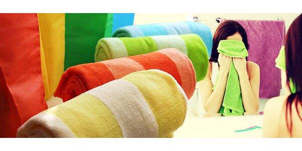 3 rychleschnoucí ručníky nebo osuška