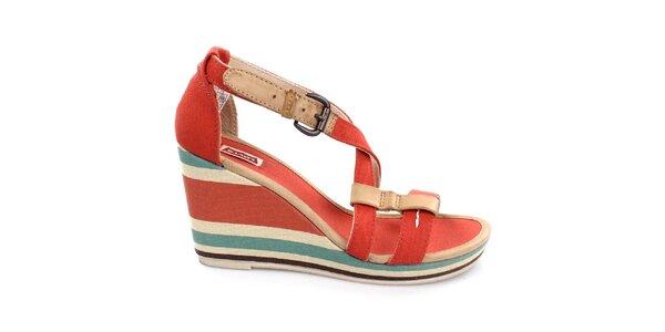 Dámské červené sandály na pruhovaném klínku Levi's