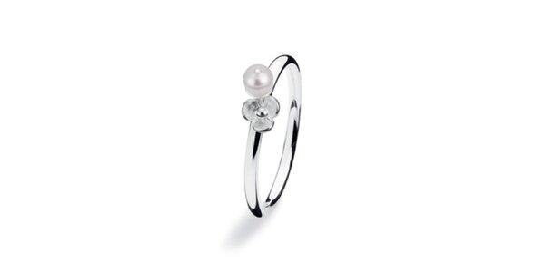 Dámský prstýnek s perličkou a květinkou Spinning