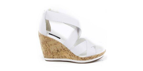 Dámské bílé sandálky na klínu Made In