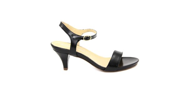 Dámské černé kožené sandálky na nízkém podpatku Giorgio Picino