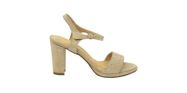 Dámské přírodní semišové sandálky s ozdobnými cvočky Giorgio Picino