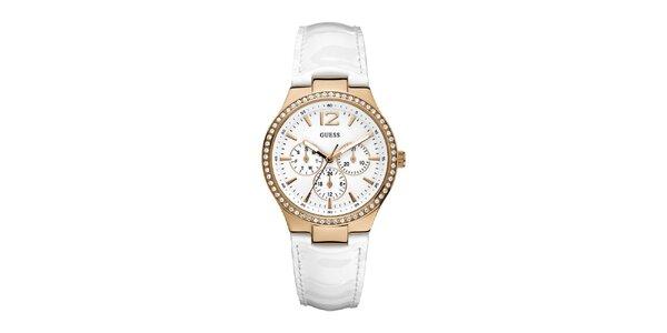 Sportovně elegantní bílé hodinky se zlatým detailem